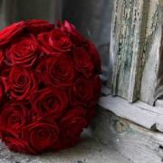 Ramo de Novia. Las rosas rojas siempre marcan tendencia.
