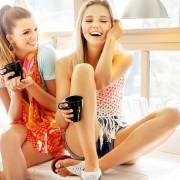 Aprovecha para pasar un rato con tus amigas. 10 cosas que la novia debe hacer el dia antes de la boda