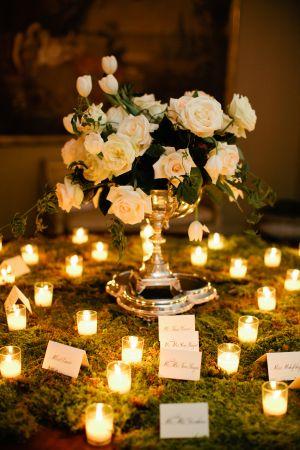 Decoración de boda en blanco y dorado