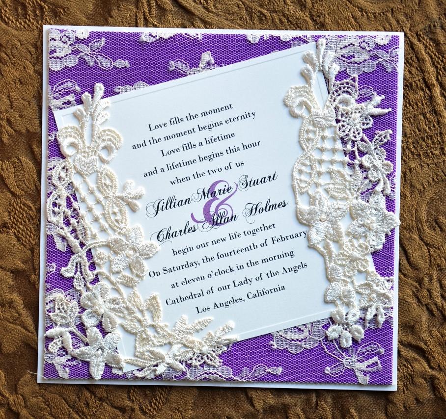Invitacion en orquidea radiante con encaje ¡Sigue estos 10 tips para elegir invitaciones de boda perfectas!