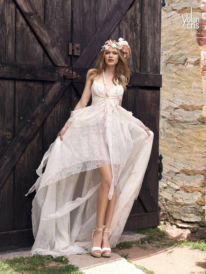 Vestidos de novia hippie chic de Yolan Cris - Tomy | Estilo bohemio y muy femenino