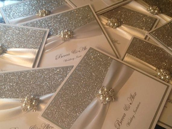 Invitaciones de lujo. ¡Sigue estos 10 tips para elegir invitaciones de boda perfectas!