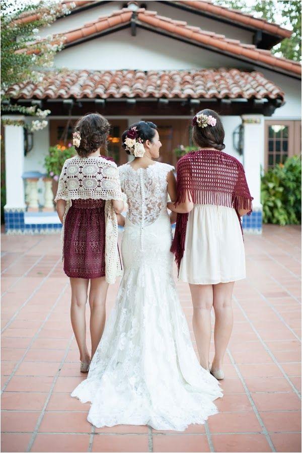 Un toque de color a tus damas de honor (Fotografía: Diana McGregor) | Marsala en los vestidos para damas de honor