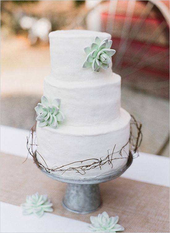 Pasteles de boda para bodas rusticas | Fotografía de Katie Parra