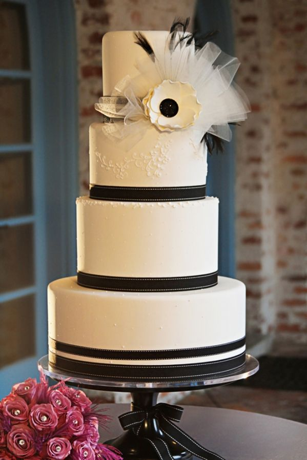 Tartas de boda unicas en blanco y negro