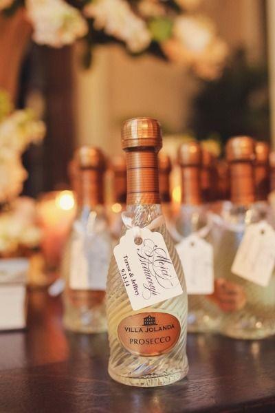 Una botellita de Prosecco para tus recuerdos para boda