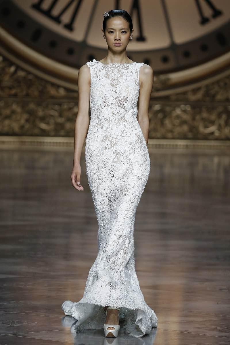 Pronovias 2016 - Vestido de novia sin mangas - Barcelona Bridal Week