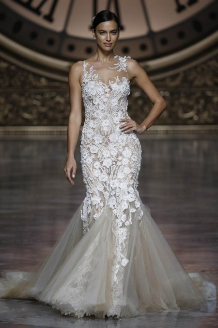 Pronovias presenta trajes de novia que siempre estan en las tendencias para bodas