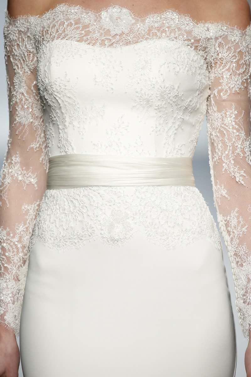 Rosa Clara 2016 - Detalle del vestido de novia con encaje