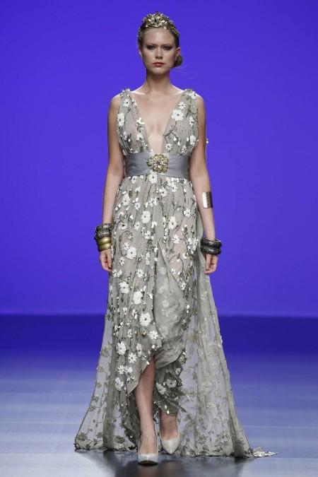 Vestido de novia boho chic de Matilde Cano 2016