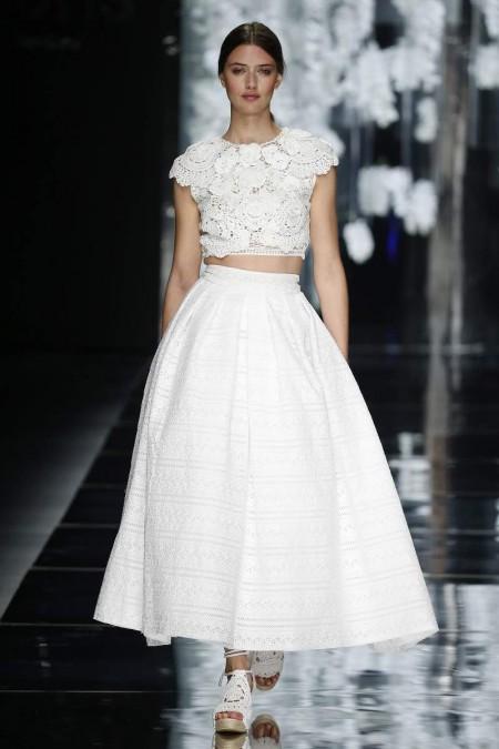 Vestido de novia de dos piezas con falda amplia de YolanCris 2016