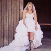 Vestido para gorditas super country wedding | Fotografía de Stephanie Moe