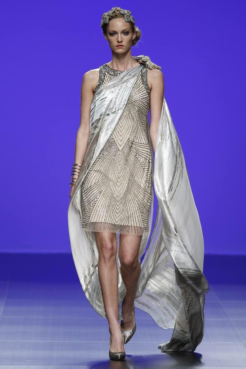 Vestido para invitadas de Matilde Cano - Barcelona Bridal Week