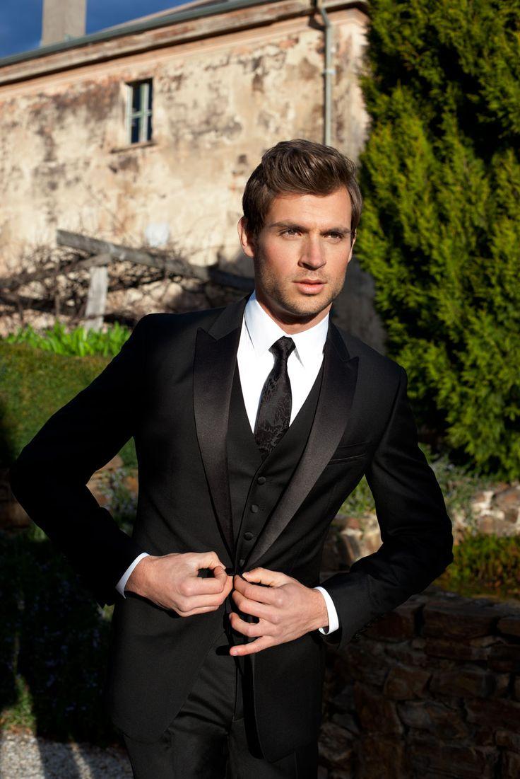 vestido de novio en negro