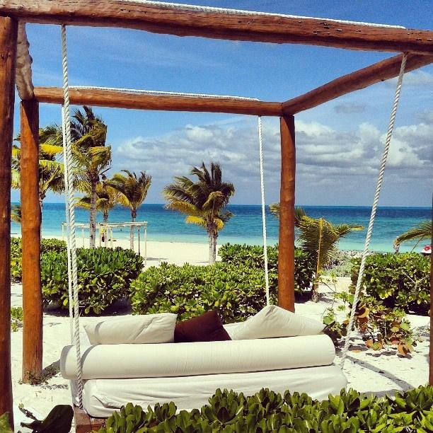 Cancún es un centro maravilloso, para bodas en playas y románticas lunas de miel.
