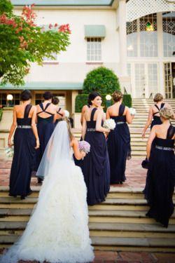 Cortejo de bodas en azul marino ¡Distinguidas y hermosas!