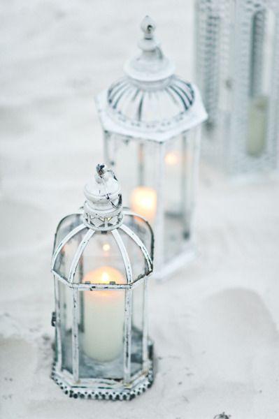 Estas linternas con velas son perfectas para centros de mesa para boda en playa Foto Style Art Life