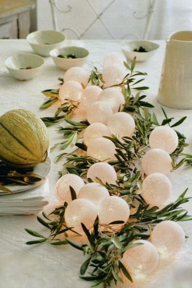 Centros de mesa para boda economicos con ramas de olivo y luces