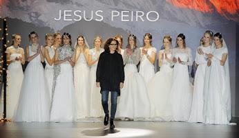 Merche Segarra cerrando la presentación de Nanda Devi en el Barcelona Bridal Week 2015