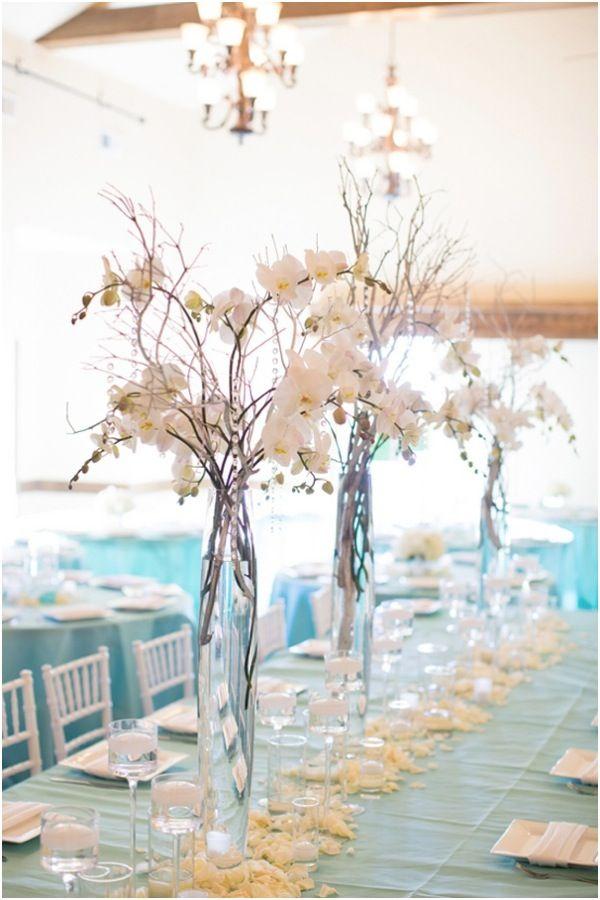 Centros de mesa con jarrones de vidrio y velas tattoo - Decoracion de jarrones con flores artificiales ...