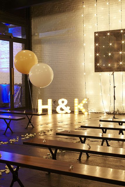 Decoracion de bodas estilo industrial con luces