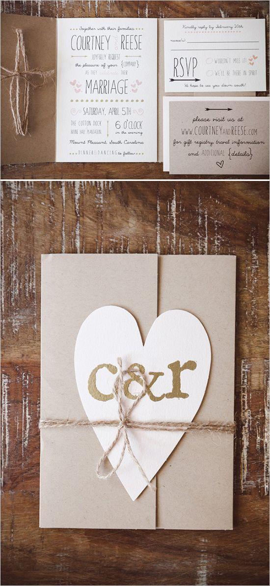 Un toque rústico muy fácil de hacer: Las invitaciones de boda rústicas en tonos ruborosos nos indican una boda al aire libre y romántica - Foto Amelia + Dan Photography