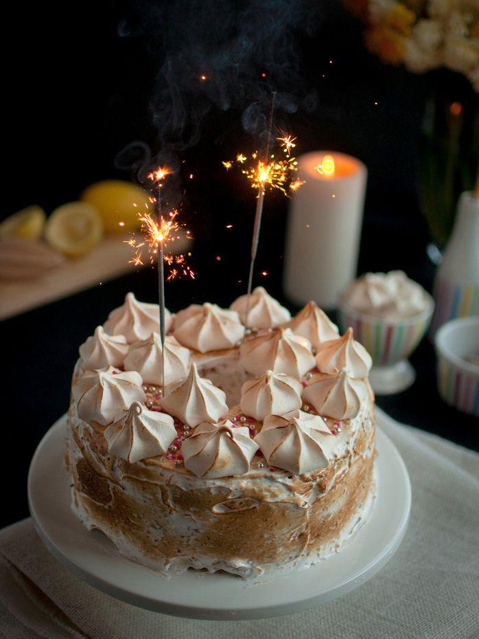 Lemon meringue chiffon torte -Foto: offthespork.com