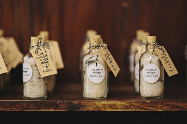 Souvenirs boda industrial. Ruffled - photo by Clean Plate Pictures