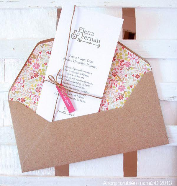 Invitación de boda romántica y rústica con sobre de kraft, forro interior y cordel rodeando la tarjeta - Foto tendenciasdebodas.com