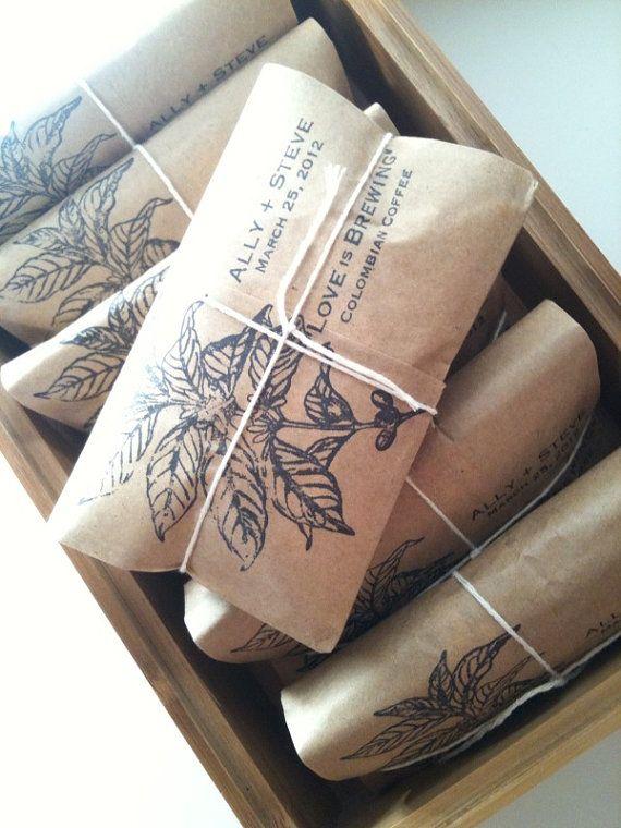 Café en bolsitas personalizadas. Souvenirs de bodas personalizados que deleitaran a tus invitados