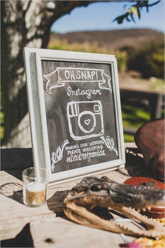 Creativos carteles para bodas con el hastag de instagram. No te pierdas todas estas ideas!