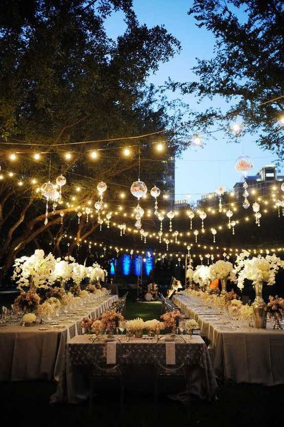 18 ideas para la decoraci n con luces para bodas a copiar for Luces decoracion exterior