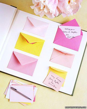 Muy sencillo y práctico. Libro de firmas para bodas con divertidos mensajes en sobres