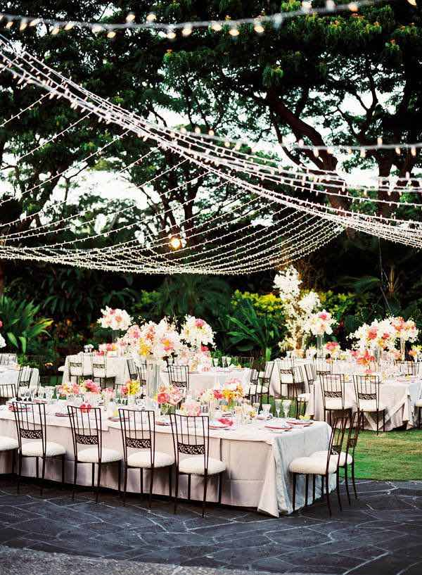 18 ideas para la decoraci n con luces para bodas a copiar for Antejardines rusticos