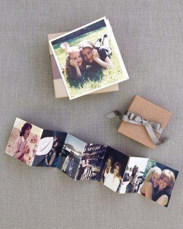 De Martha Stewart, nos llega esta idea super original para regalar a los invitados. ¡Una colección de fotos de los novios en cajita!