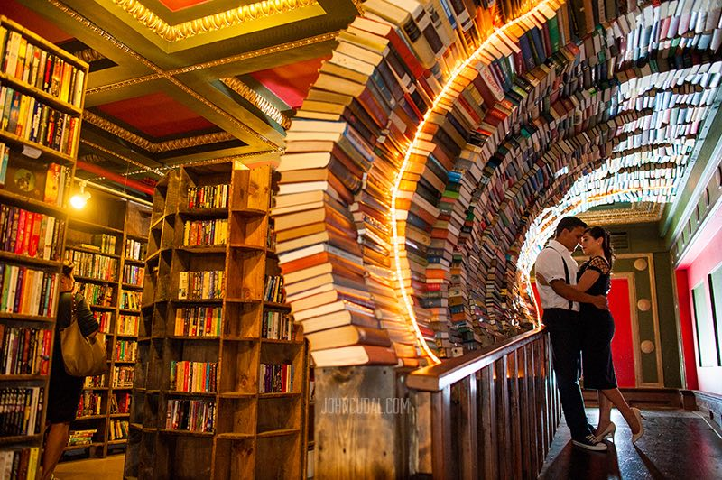 Boda en The Last Bookstore - johncudal fotografos Los Angeles