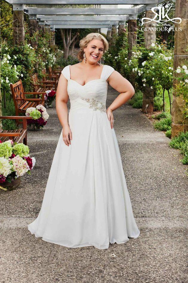 De la colección Glamour Plus de Roz La Kelin un vestido muy favorecedor