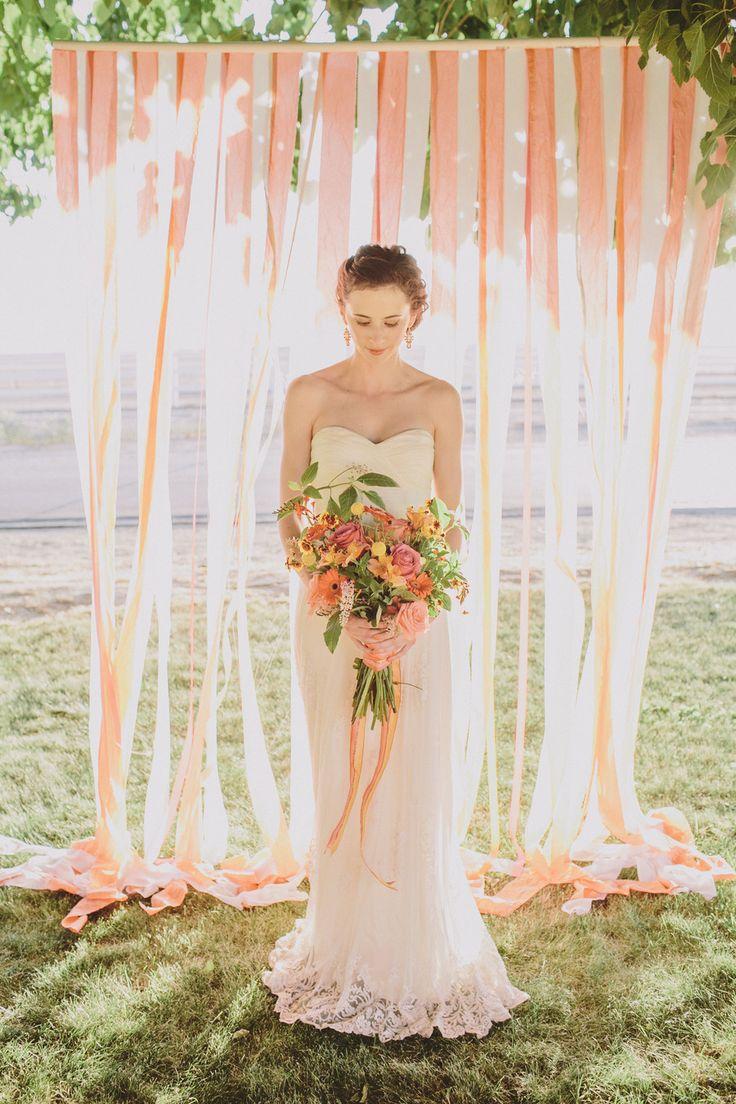 Un fondo romantico como photocall de boda - Fotografia- Anna Delores Photography