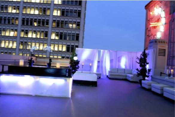 De ensueño total. Oviatt Penthouse uno de los lugares mas originales para bodas de Los Angeles