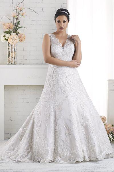 Para las novias con busto o redonditas este vestido de Bonny Bridal provee un balance con la falda en linea A