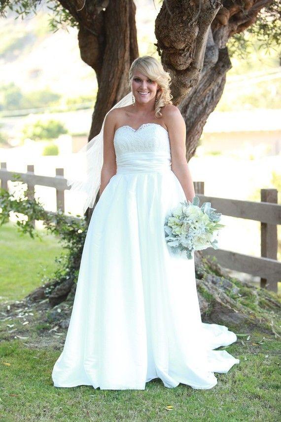 Vestidos de boda para novias gorditas