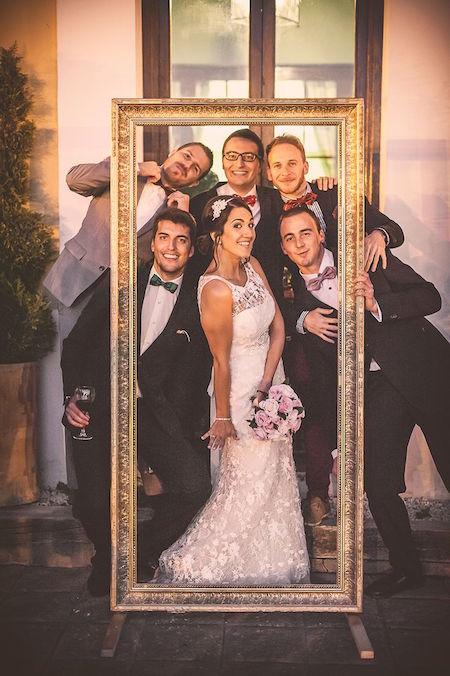 Un photocall de boda divertidísimo