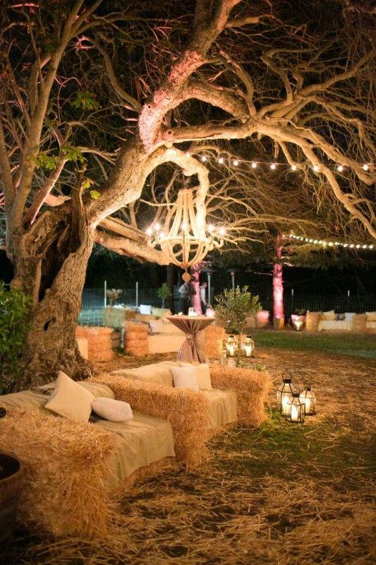 Una idea original para incorporar los atados de heno en tu boda - Fotografia Adriana Klas