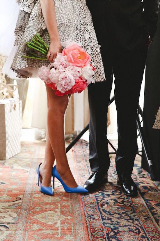 Valentino y su clásico zapato para ir de bodas en azul - Fotografia L&L Style Photo