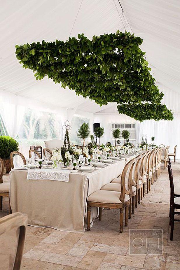 Bosques colgantes sobre las mesas de las bodas 2016. Foto: adorn.com