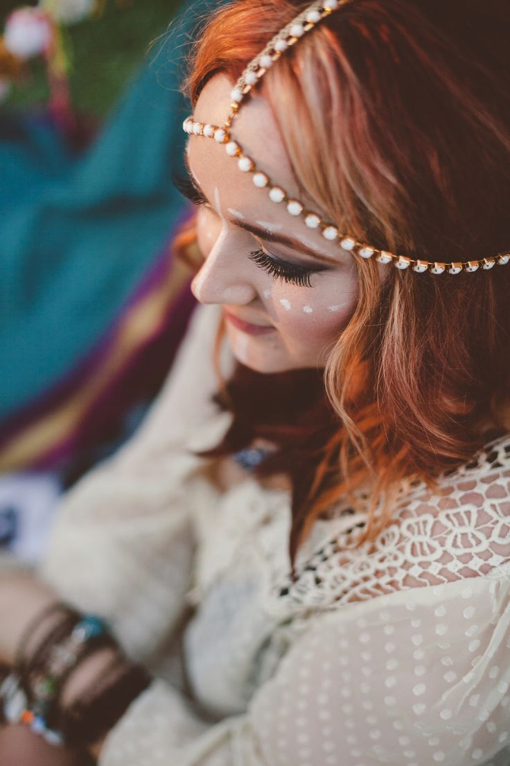 Viajemos a la India. Peinado de novia estilo boho. Foto: Hurtienne Photography Salem Oregon Wedding Photographers