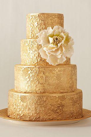 Tarta de bodas en dorado