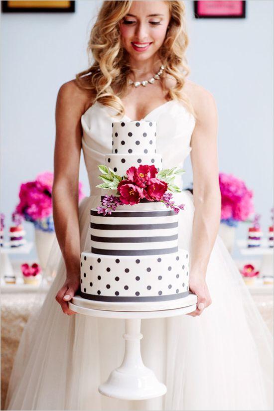tortas de boda modernas por alicia thurston photography y diseada por