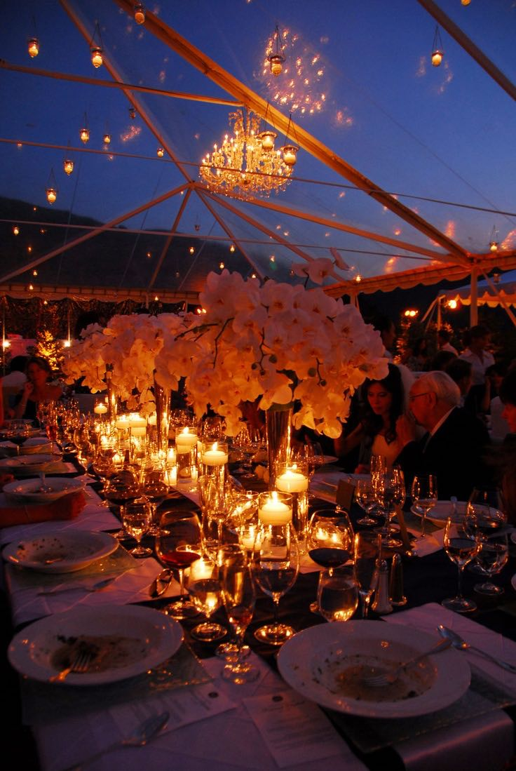 Decoraci n de carpas para bodas 20 ideas creativas for Bodas de noche en jardin