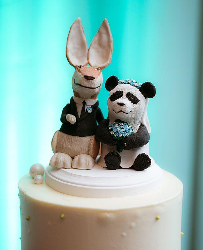 Los cake toppers con parejas de animalitos no tienen porque ser parejos. Foto The Youngrens